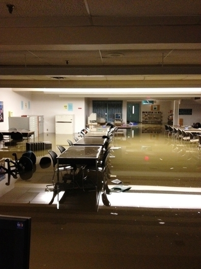 Power shutdown causes Calgary Public Library to go manual, limit borrowing and waive late fees | LibraryLinks LiensBiblio | Scoop.it