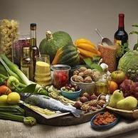 La dieta mediterránea con aceite de oliva y frutos secos reduce el riesgo cardiovascular | Profesor Biología y Geología | Scoop.it