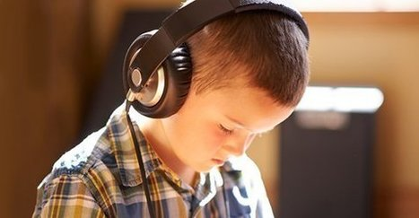Audiobooks Can Support K-12 Readers in the Classroom | School Library Advocacy | Scoop.it