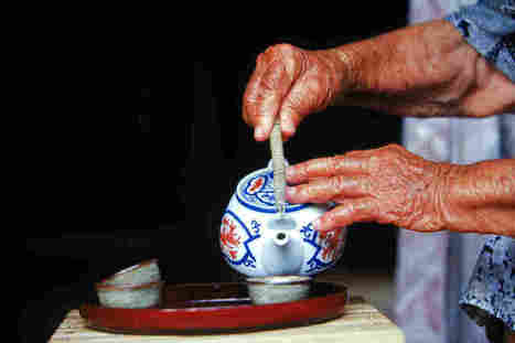 Tea-Drinking Tips For A Longer Life   Meditation Compassion Mindfulness   Scoop.it