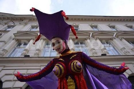 International Street Theatre Festival started on Thursday in Bucharest | Travel Romania | Scoop.it
