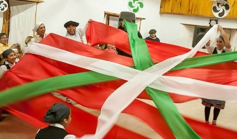 New Basque club in Patagonia: celebration and joy at the presentation of the Euskal Txokoa in San Martin de los Andes | Mundo | Scoop.it