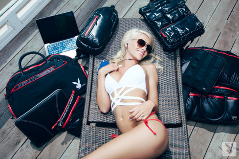 Like this custom @PlayboyDotCom x Ducati prize pack from @iSkin that Taylor is modeling? RT to win it. - via @PlayboyDotCom | Ductalk Ducati News | Scoop.it