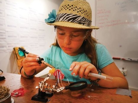 7 Cornerstones of Making with Kids | Libraries | Scoop.it