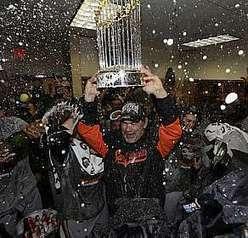 Giants 'varre' Tigers, faz 4 a 0 e conquista sétimo título da MLB | esportes | Scoop.it