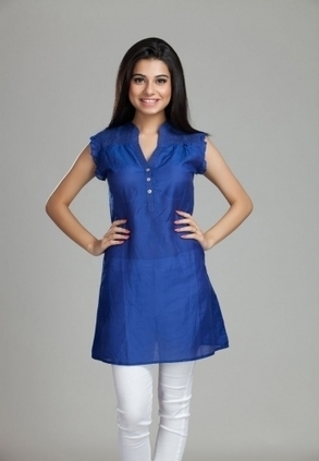 Designer Smockin Cotton Silk Kurta for Womens, Buy Smockin Cotton Silk Style Kurta   Only Rs-1,399 At Best Online Designer Store. Shop Online for Designer Clothing for ladies With Best Review in In... | Buy  Women Shirts‎ on itibeyou.com | Scoop.it