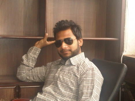 Me in Office | Yousaf | Scoop.it