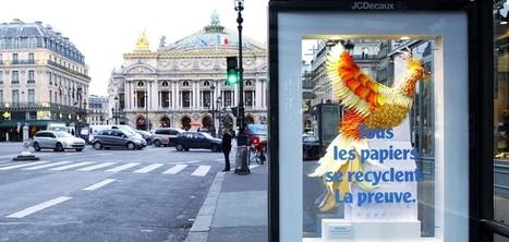 JC Decaux installe un phoenix de papier dans un... | RSE - L'empreinte écologique et la démarche « Qualité » | Scoop.it