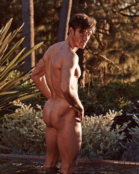 Parker Gregory Butt Naked for OUT Magazine | FlexingLads | Scoop.it