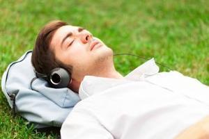 Störfunk im Tiefschlaf – Lernen im Schlaf funktioniert nicht   Weiterbildung   Scoop.it