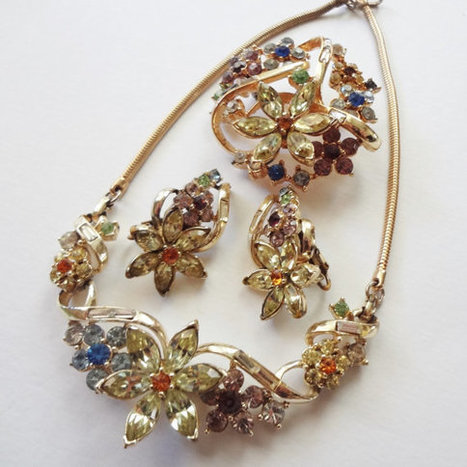 Coro Honore Parure, Vintage Rhinestone Necklace Earring Brooch Set | Vintage Jewelry and Fashions | Scoop.it