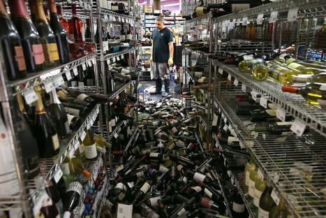 Napa earthquake tosses wine barrels and bottles into piles | Vitabella Wine Daily Gossip | Scoop.it