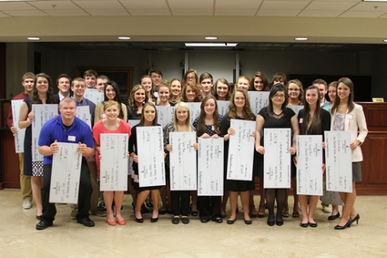 Independence Bank Scholarship Reception Held March 25 - SurfKY News | training, opportunities and scholarship | Scoop.it