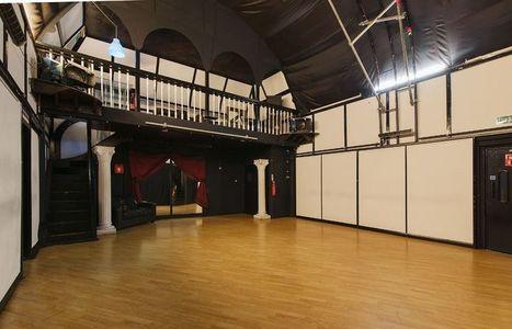 Photo Studio for Hire London | Digital Marketing | Scoop.it