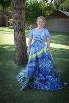 This High Schooler Turned Her Prom Dress Into a Work of Art - Yahoo Canada Shine   Alizee's Fashion World   Scoop.it