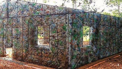 Au Panama, ils construisent des maisons avec des bouteilles en plastique ! Une idée géniale. | Ca m'interpelle... | Scoop.it