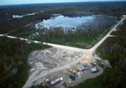Louisana sinkhole not slowing down - New York Daily News | Oil Spill | Scoop.it