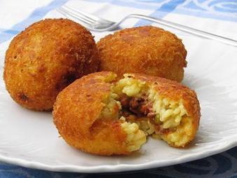 Ziti Zitoni: arancini - een Siciliaanse specialiteit | La Cucina Italiana - De Italiaanse Keuken - The Italian Kitchen | Scoop.it