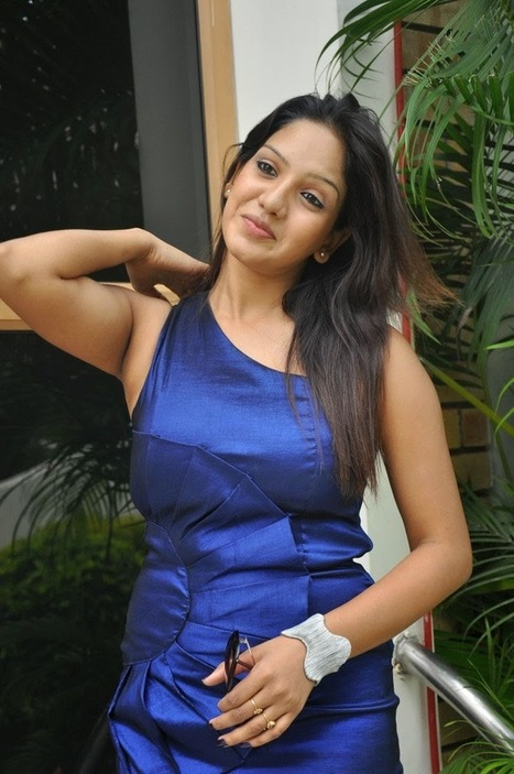 Actress Pavani Reddy New hot Pics Latest Photo Shoot Stills In Blue Dress Photos | Tollyscreen Pics | Tollyscreen | Scoop.it