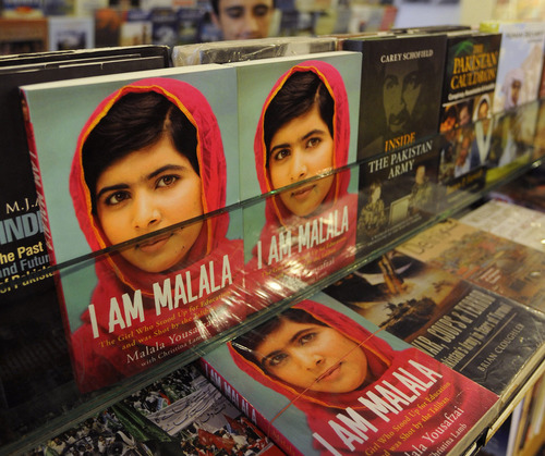 Pakistani private schools ban Malala Yousafzai autobiography | Telcomil Intl Products and Services on WordPress.com