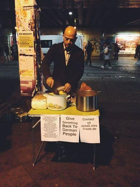 Syrian Refugee Feeds Berlin Homeless as Way to Give Back to German People | Strange days indeed... | Scoop.it