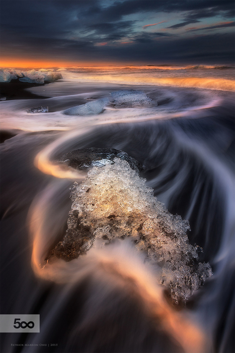 Ice Curves of Breiðamerkursandur by Patrick Marson Ong | Reflejos | Scoop.it