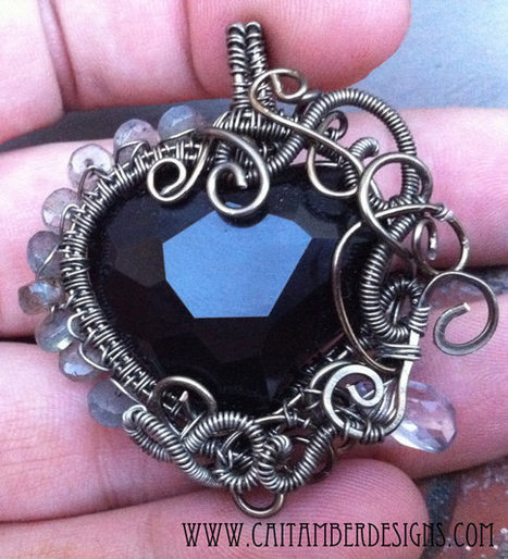 Wire Wrapped Heart Jewelry Tutorials - The Beading Gem's Journal | Tips-for-Handmade-Jewelry-Business | Scoop.it