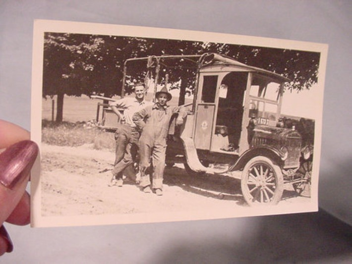 Antique Photo Bell Telephone Truck and Crew | Antiques & Vintage Collectibles | Scoop.it