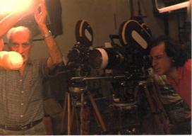 Miguelángel Tisera: El Director de Fotografía Ricardo Younis.1989, cámaras Arriflex con Motor variable. Tripodes de madera. (una belleza) | CINE TELEVISION SOCIAL MEDIA | Scoop.it