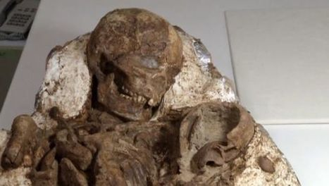 4,800-year-old fossil of mother cradling baby discovered | Archaeology, Culture, Religion and Spirituality | Scoop.it