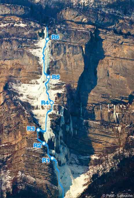 VIDÉO - Cascade de Glace de l'Oule (V+, 5+) par Erwan Lelann - Reponsable promotion Petzl   Petzl   ski de randonnée-alpinisme-escalade   Scoop.it