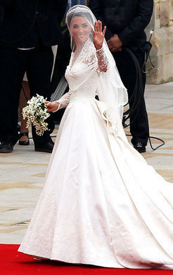 23 Celebrity Wedding Dresses We Love: From Princesses to Pop Stars! - The Hollywood Gossip | a la mode | Scoop.it