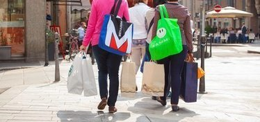 US consumer spending sees largest boost in 6 years   Public Relations & Social Media Insight   Scoop.it