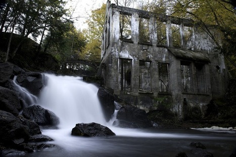 Abandoned Mill. Western Quebec, Canada. [1600x1067]. - Imgur | French- Quebec | Scoop.it