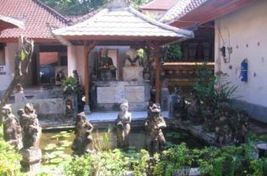 A Belgian Artist's Abode and His Balinese Muse | Bali Style | Scoop.it