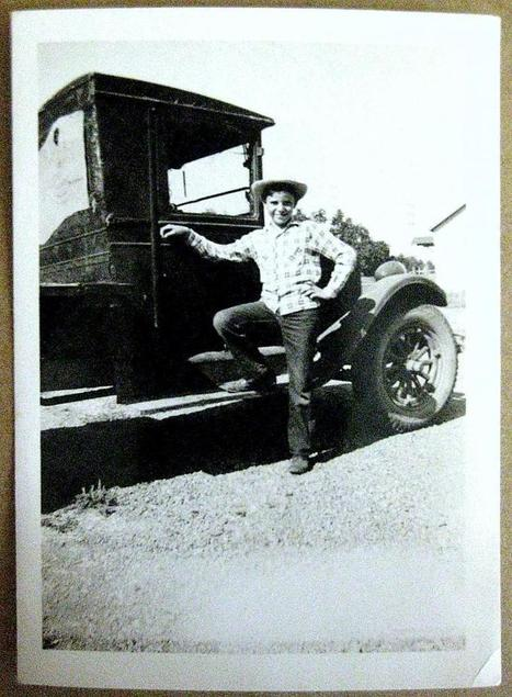 1940s Real Black and White Photograph of a Boy And Old Truck by JNVintage on Zibbet   Vintage Collectibles   Scoop.it