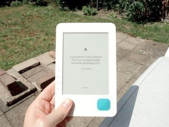 Hack Your e-Reader To Run on Solar Power | Tools You Can Use | Scoop.it