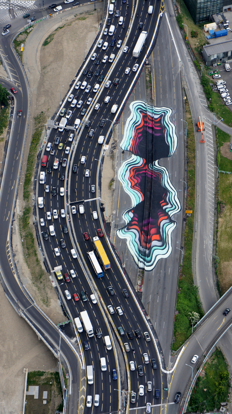 A Giant (Painted) Hole Has Taken Over A Highway In Paris | The brain and illusions | Scoop.it