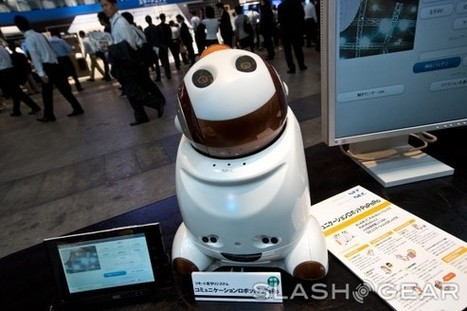NEC shows off PaPeRo telecommunications robot - SlashGear | The Robot Times | Scoop.it