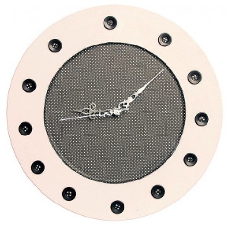 WoodButtonClock- Low Cost Kitchen Crafts .   HandMade 4All   handmade4all.com   Scoop.it