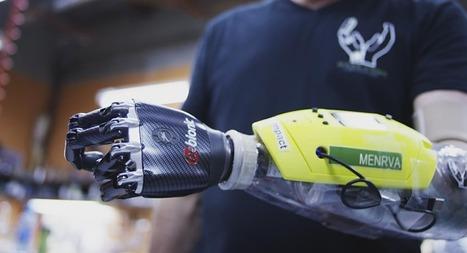 Des ingénieurs canadiens créent une main bionique avec perception tactile | Geeks | Scoop.it