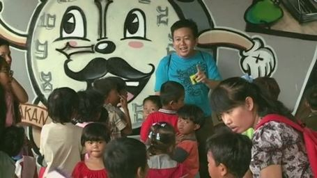 Graffiti teaches Jakarta's street children - Australia Network News - ABC News (Australian Broadcasting Corporation) | Street art news | Scoop.it