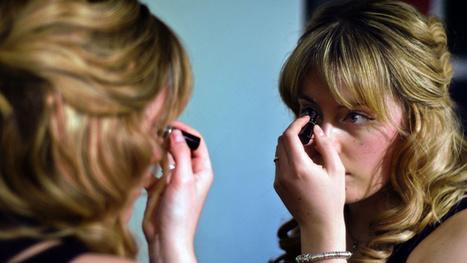 Remove Makeup With Olive Oil - Lifehacker | Makeup | Scoop.it