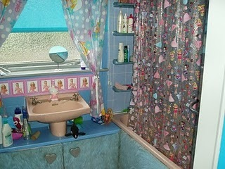 My busy craft life: Barbie Bathroom | Playscale Picks | Scoop.it