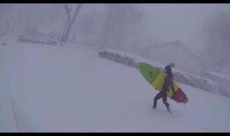 Two Surfers Decide To Check Out The Waves During Buffalo's Massive Snowstorm   A Rich Selection Of The Latest News www.canbeweird.com   Scoop.it