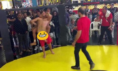 Lottatore rimane accidentalmente nudo davanti al pubblico durante un incontro | Gayburg | Scoop.it