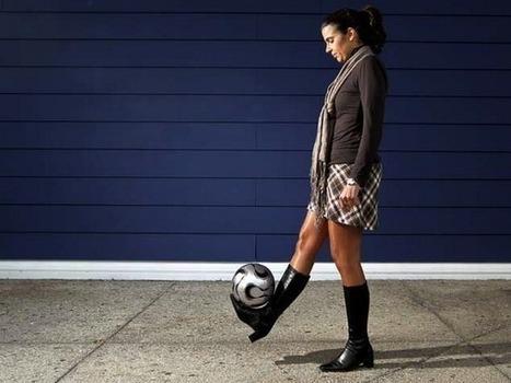 Conheça a mulher que se tornou a 1ª técnica de futebol profissional | Futebol :) | Scoop.it