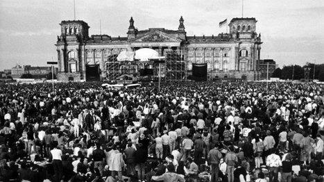 """Culture - David Bowie, """"heroe"""" mythique de la chute du mur de Berlin   allemagne musique   Scoop.it"""