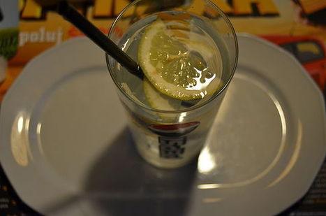 Limone, zenzero e acqua: Una miscela dalle proprietà geniali - Innatia.it | Nutraceutica | Scoop.it