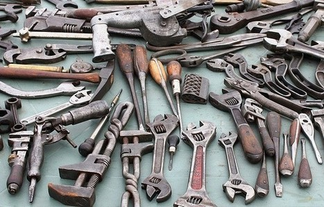 """14 Tools Every Entrepreneur Needs for Managing Social Media 